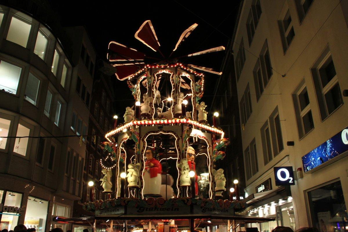 Weihnachtsmarkt Düsseldorf Eröffnung.Oberbürgermeister Dirk Elbers Eröffnet Den Düsseldorfer