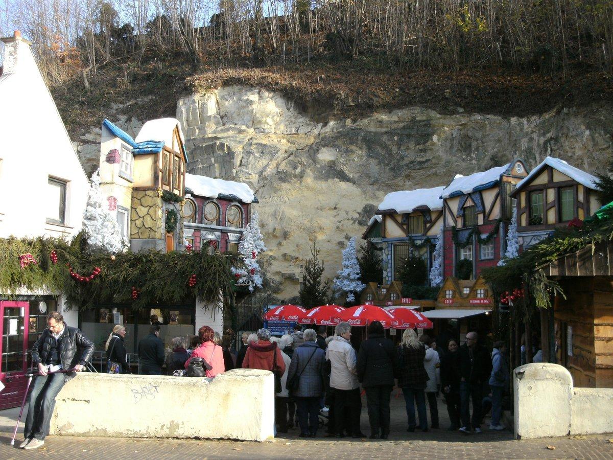 Weihnachtsmarkt Frankenberg.Valkenburg Ein Weihnachtsmarkt In Der Felsengrotte Kamp Lintfort