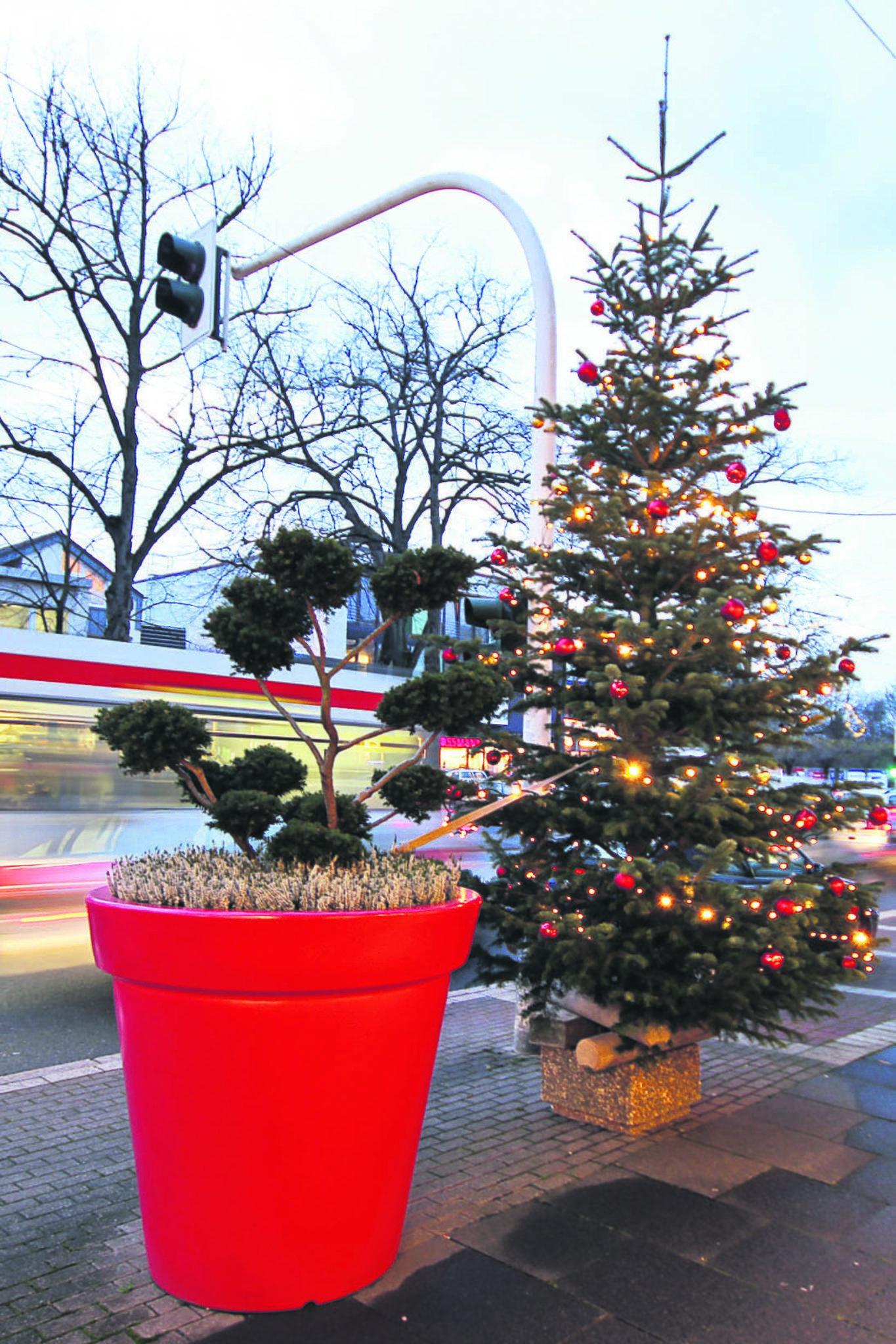 Beleuchtete Bilder Weihnachten.Mehr Licht In Weitmar Mitte Beleuchtung Soll Nicht Nur Vor