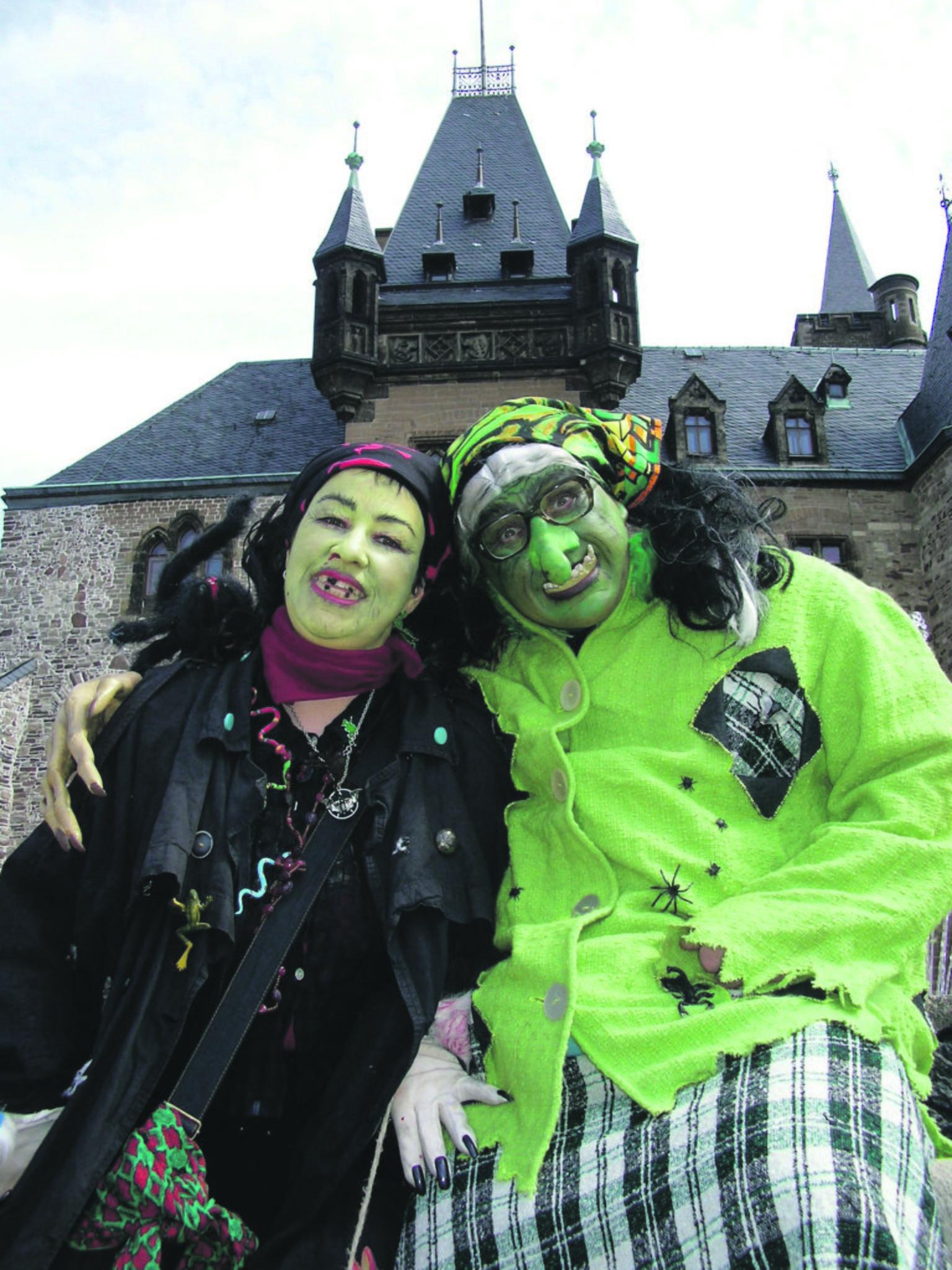 Halloween Kostueme Karstadt.Wer Hat Das Tollste Halloween Kostum Grosses Gewinnspiel Am Samstag Dusseldorf
