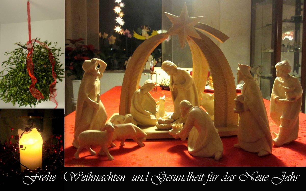 Frohe Weihnachten Familie.Meine Familie Und Ich Wünschen Frohe Weihnachten Kamp Lintfort