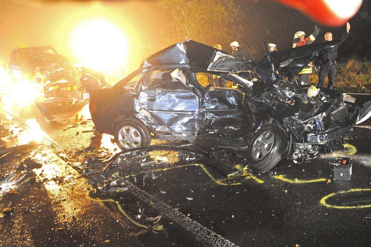 Schwerer Unfall In Heidhausen Ein Fahrer Tot Essen Werden