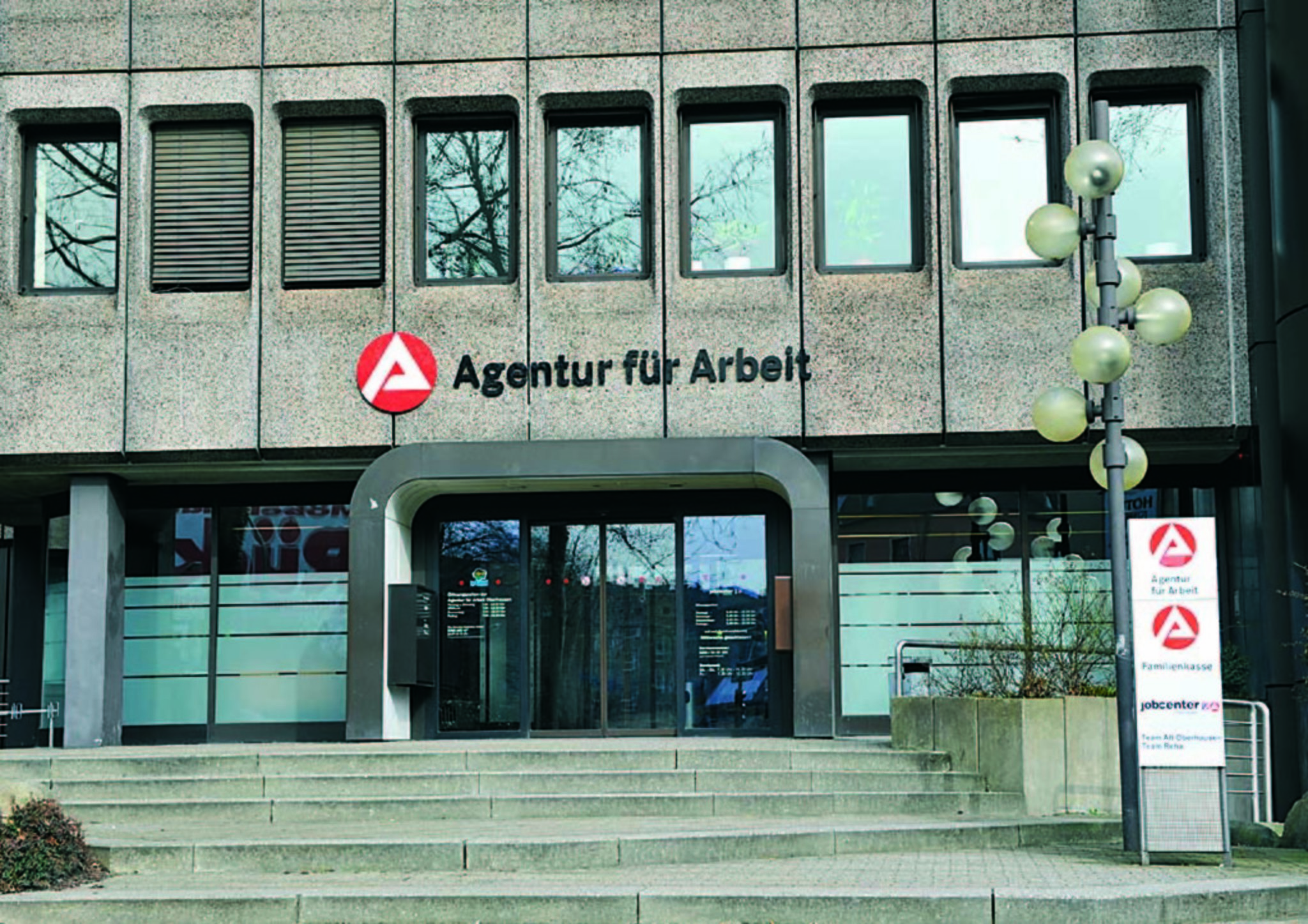 agentur für arbeit mülheim