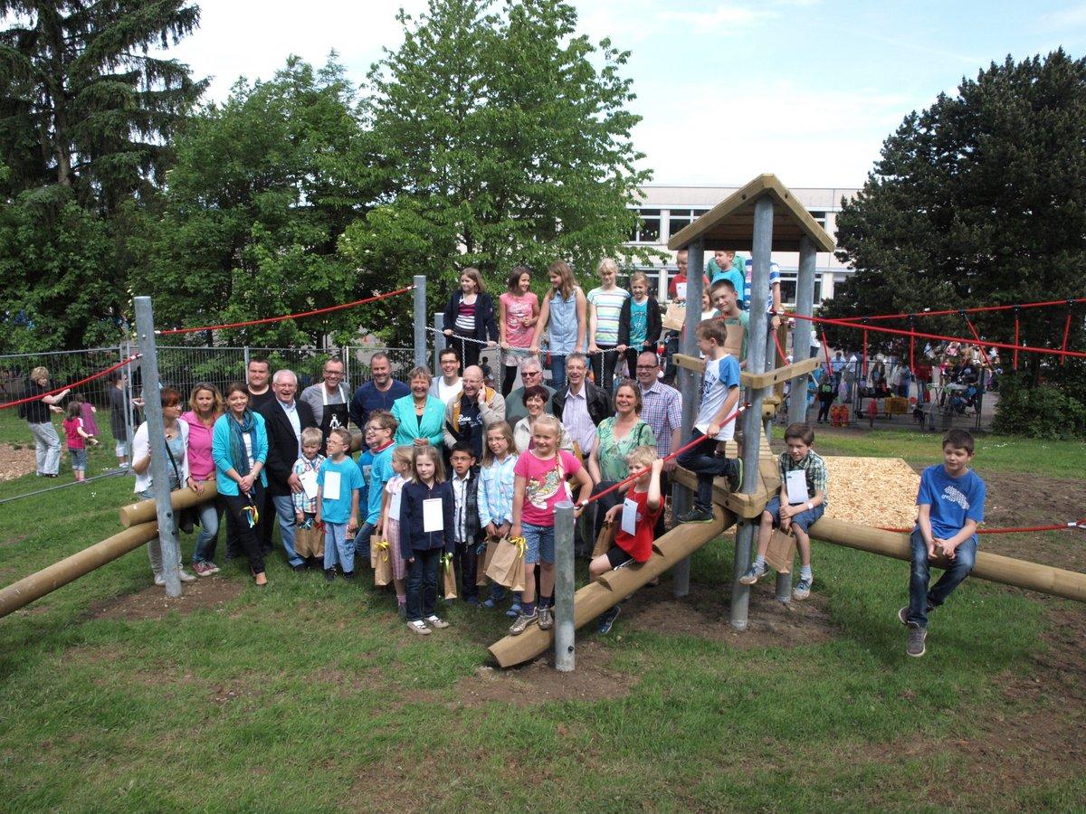 Klettergerüst Natur : Klettergerüst an der grundschule deilinghofen eingeweiht hemer