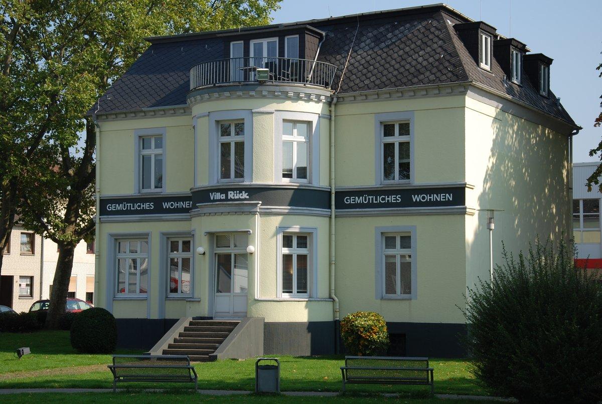 Xxxl Villa Rück Wird Abgerissen Oberhausen