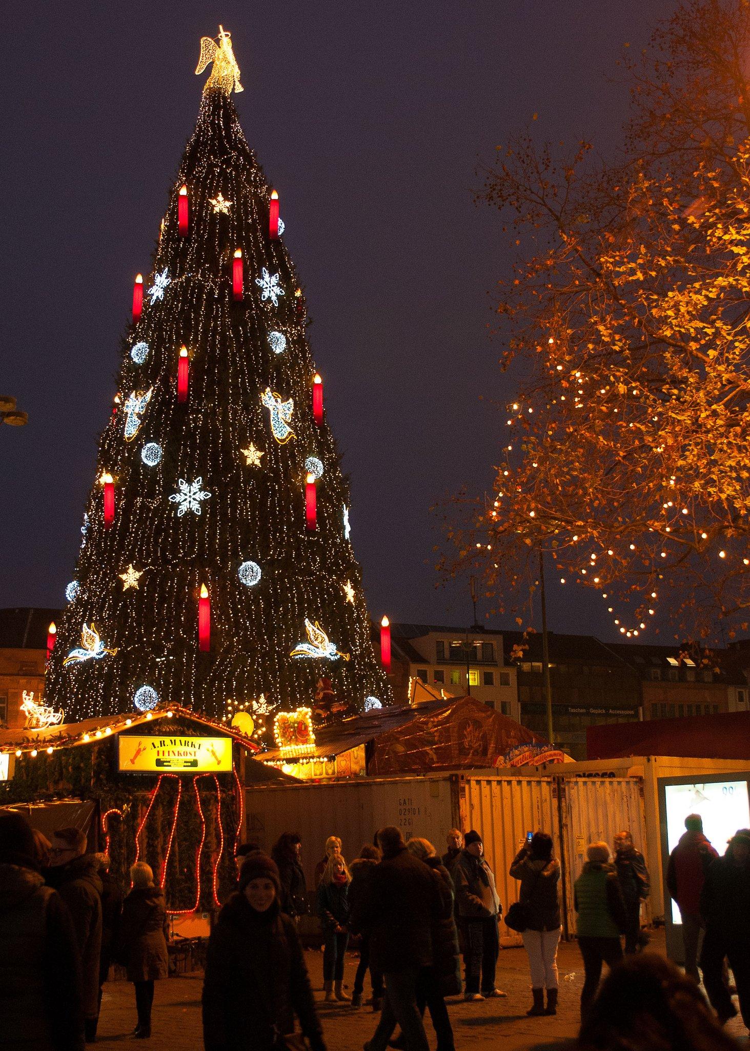 Größter Tannenbaum Deutschlands.Größter Weihnachtsbaum In Deutschland Bottrop