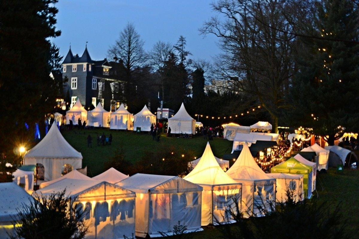 Romantischer Weihnachtsmarkt.Romantischer Weihnachtsmarkt Auf Schloss Grünewald Hilden
