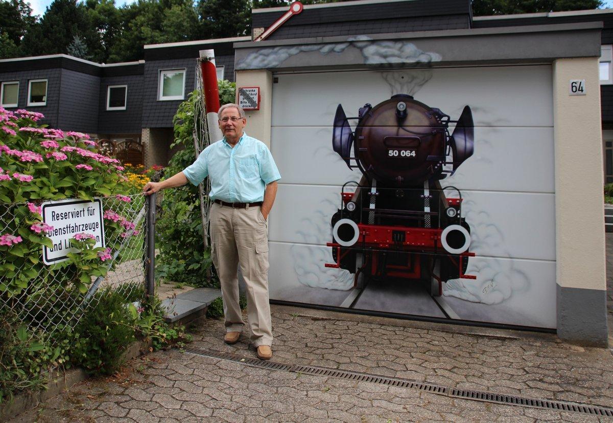 Ganz und zu Extrem Mein schöner Garten: Zu Besuch bei Familie Eichhorn in Düsseldorf &NJ_25