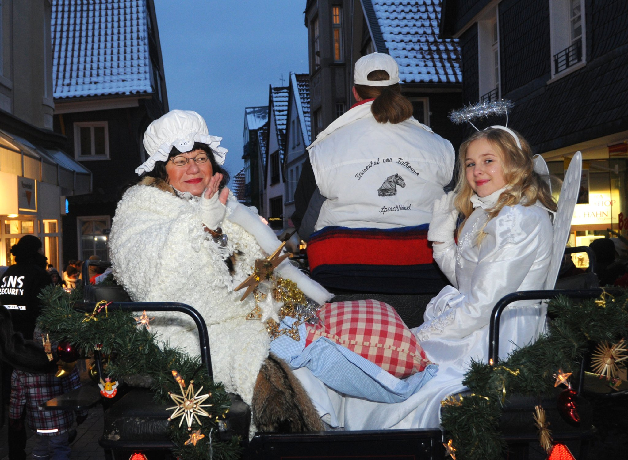 hattinger weihnachtsmarkt auf platz eins hattingen. Black Bedroom Furniture Sets. Home Design Ideas