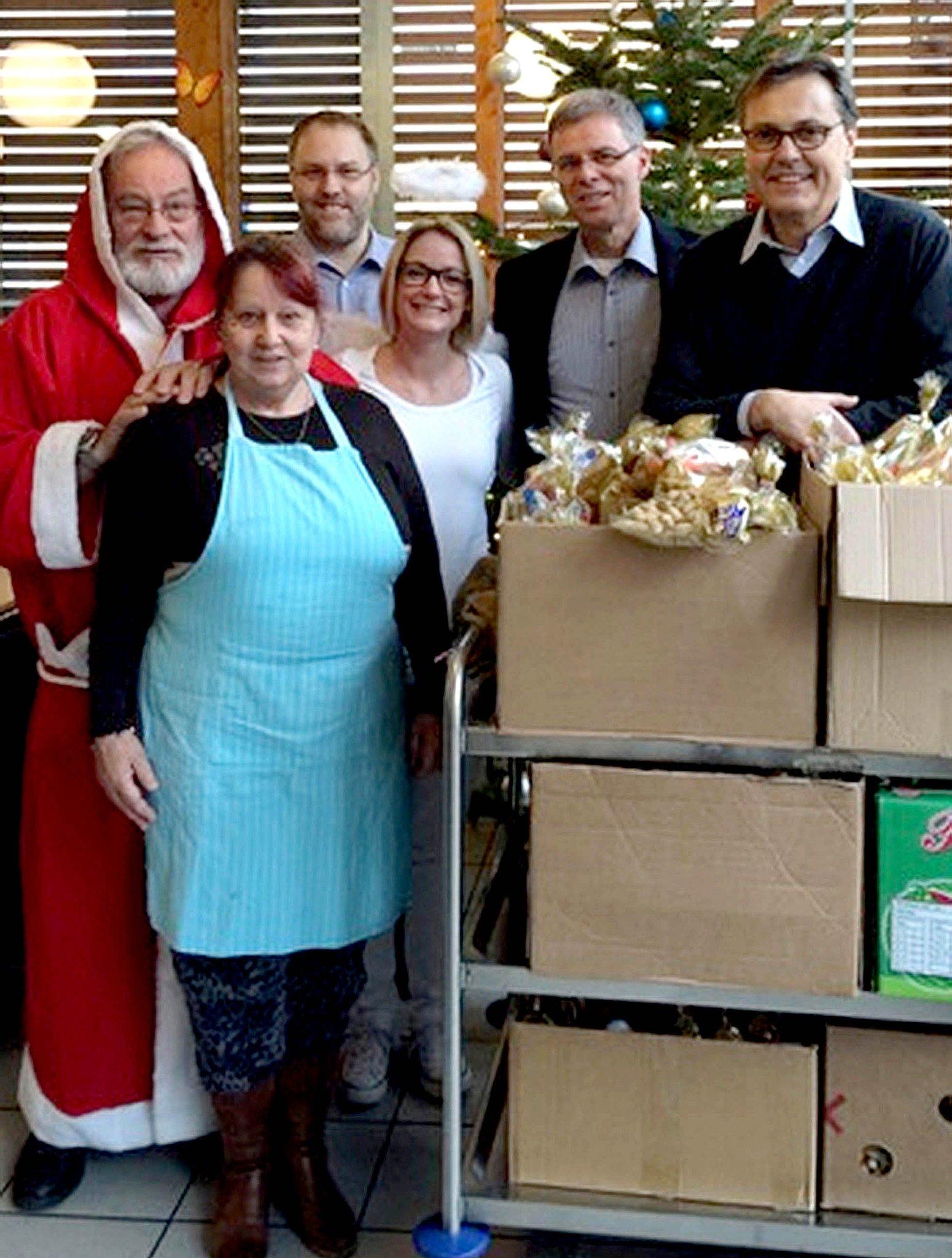 Weihnachtsmann Besuchte Hagener Suppenküche Hagen