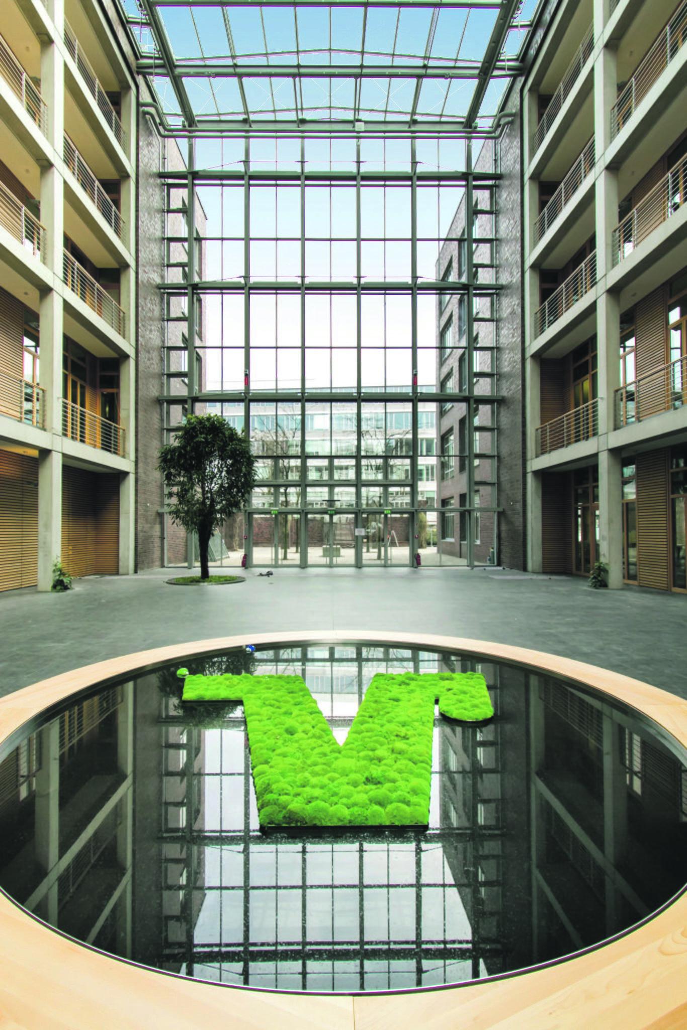 Lohnender Kraftakt Volksbank Rhein Ruhr Zieht An Den Duisburger