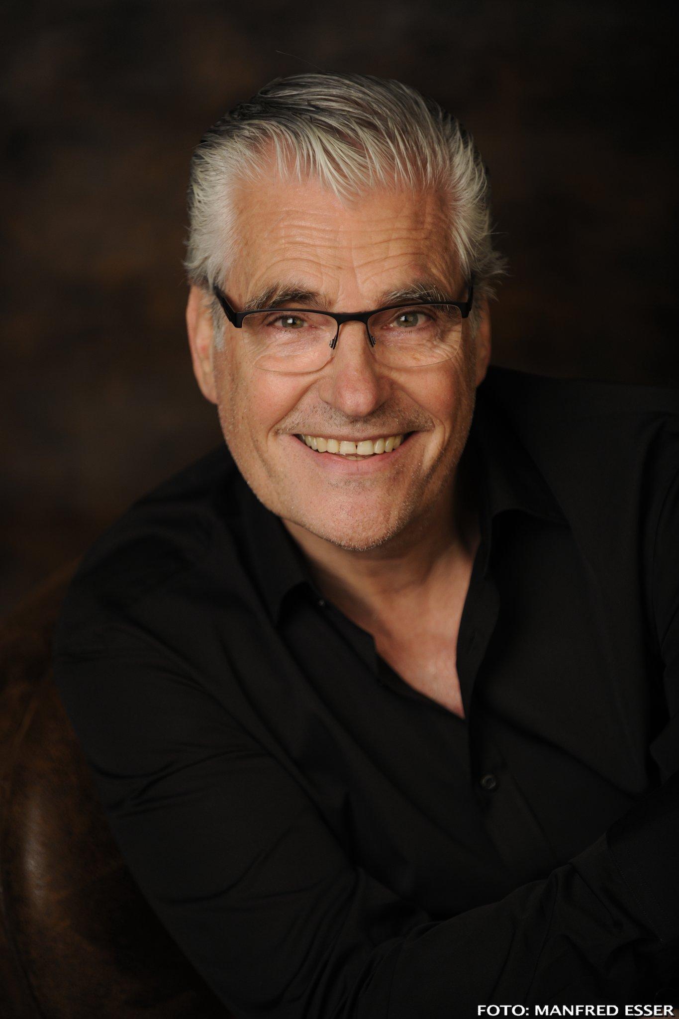 Sky Du Mont älterwerden Ist Nichts Für Spaßbremsen Interview