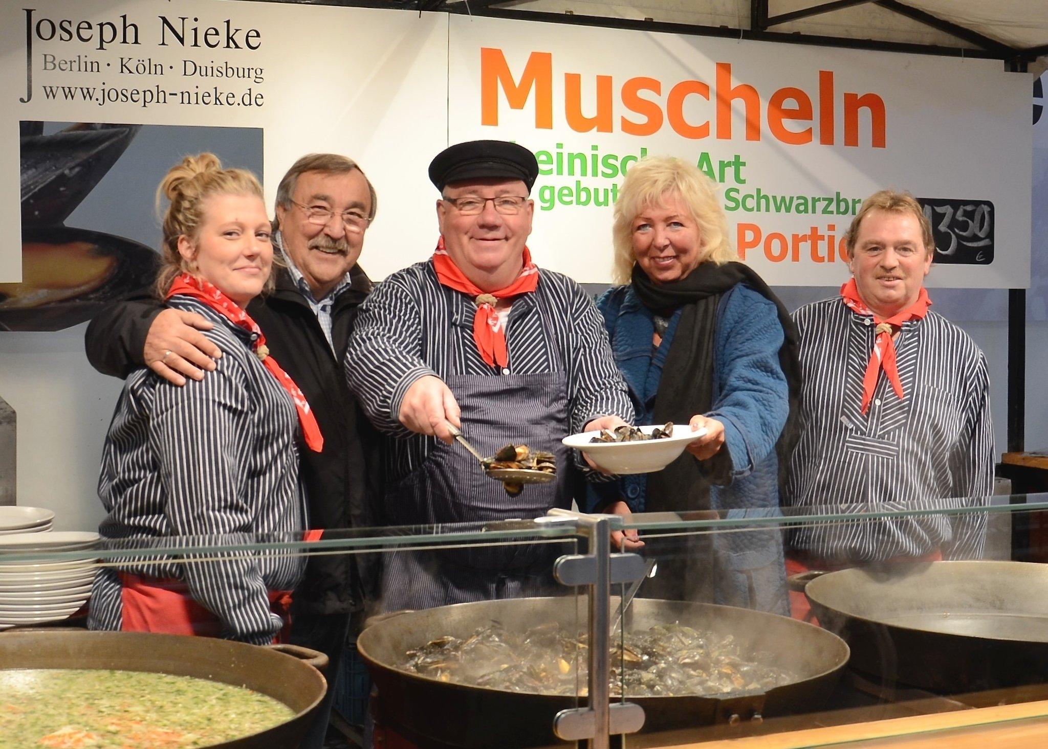 Muschel Und Backfischfest Duisburg