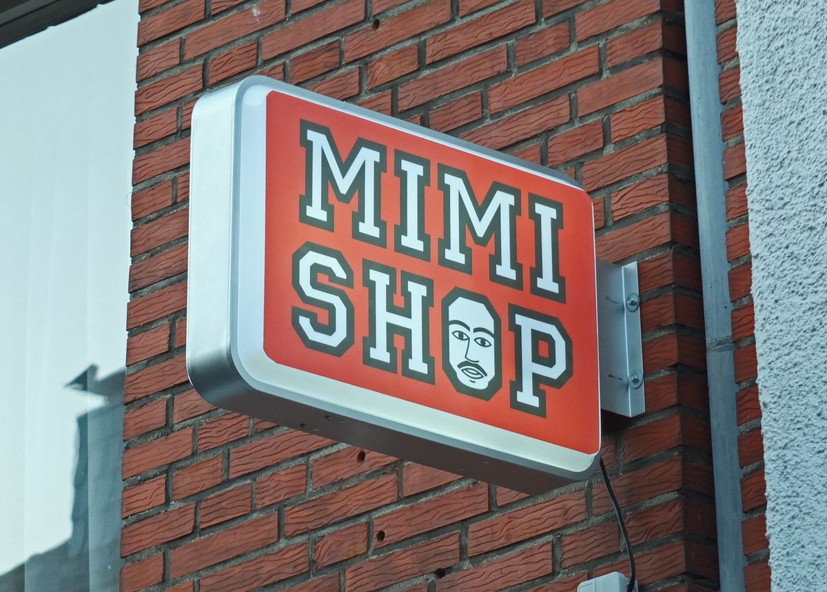 7b681536e9 Die Kranenburger Große Straße wacht mit der Gründung eines Shisha-Ladens  aus ihrem Dornröschenschlaf auf