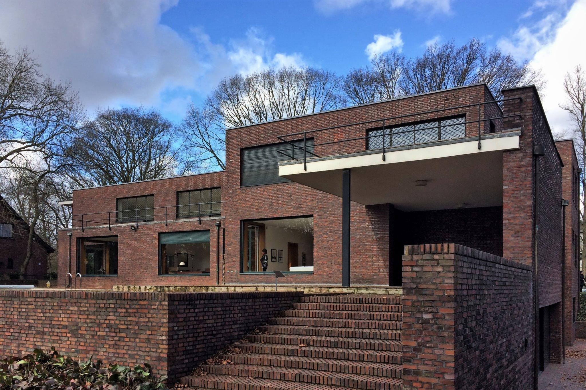 Zahnbürste Trifft Bauhaus Haus Lange Und Haus Esters In Krefeld
