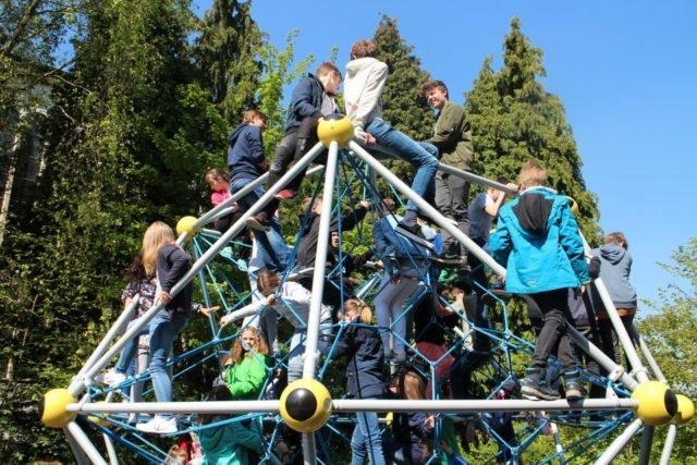 Klettergerüst Auf Französisch : Klettergerüst kiddy dome