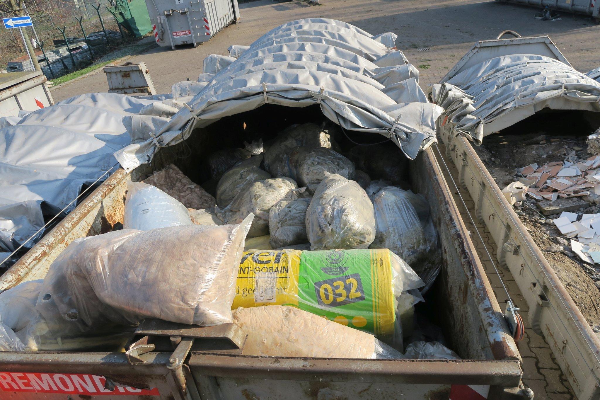 Atemberaubend Asbest – die oft unerkannte Gefahr – richtig entsorgen - Oberhausen @VE_31