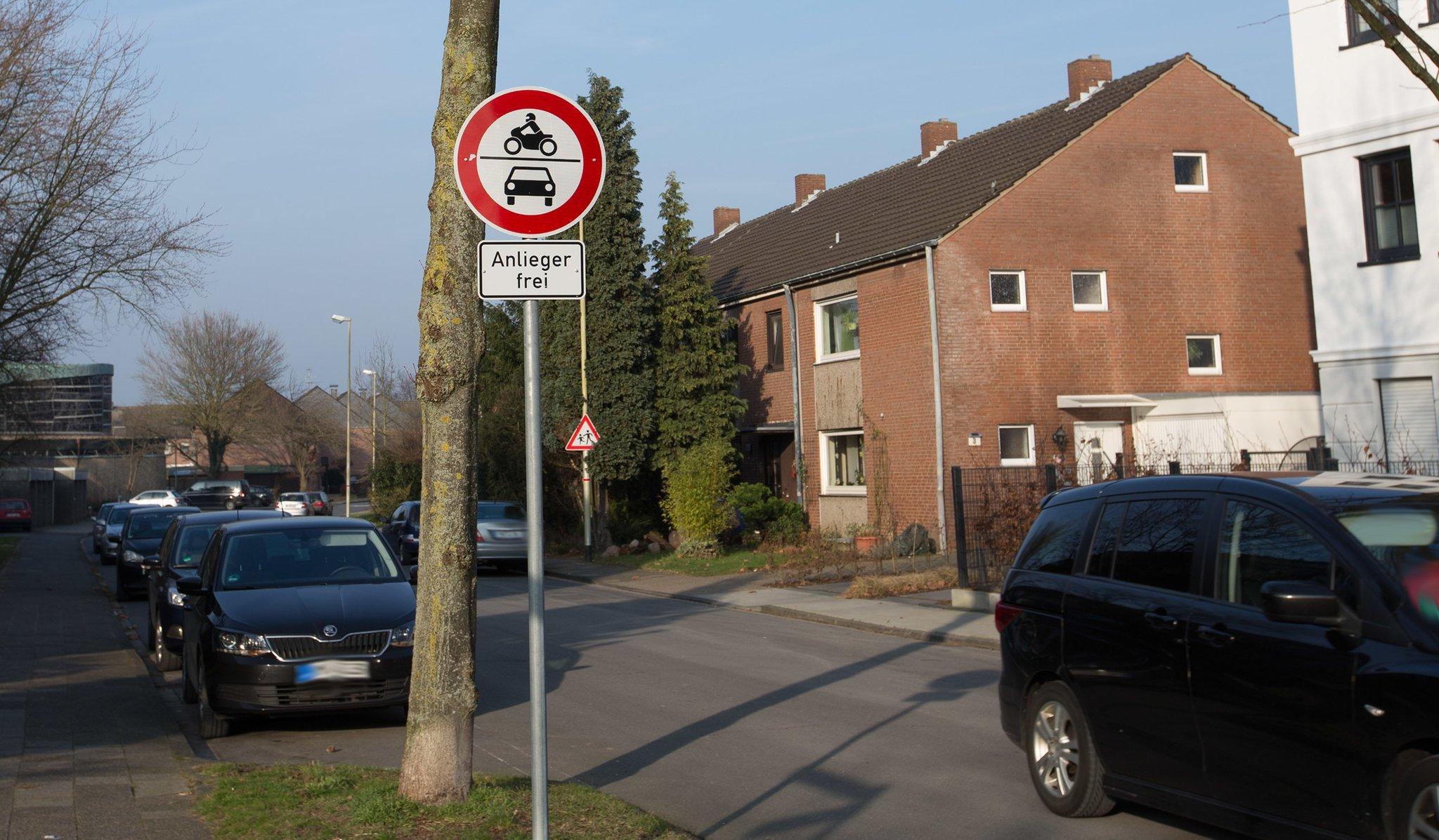 Durchfahrt verboten – Anlieger Frei - Moers
