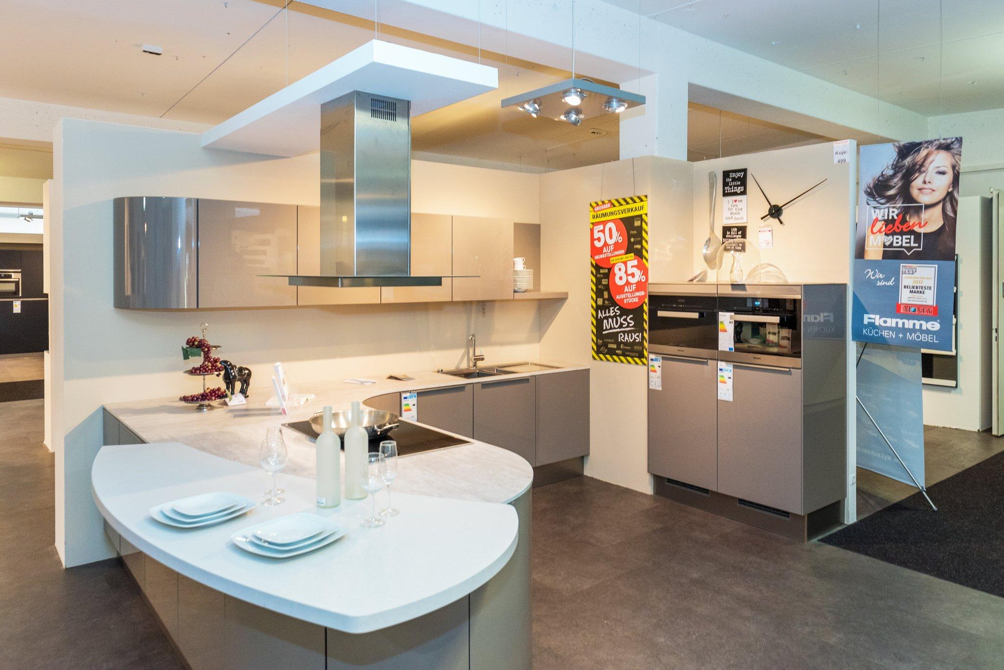 Räumungsverkauf bei Flamme Küchen und Möbel – viele Möbel bis zu 70 ...