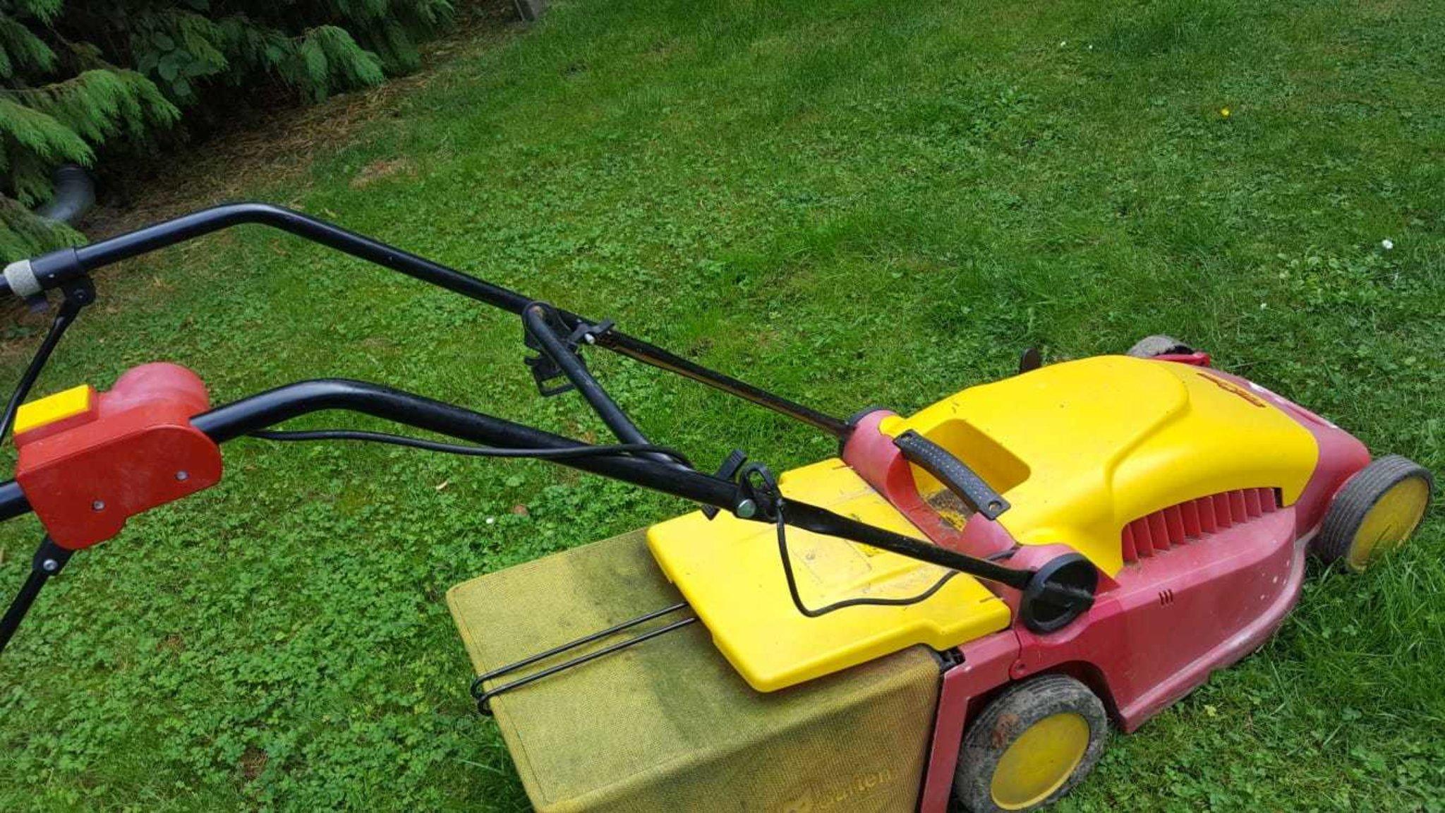 Rasenmähen Während Der Mittagsruhe Castrop Rauxel
