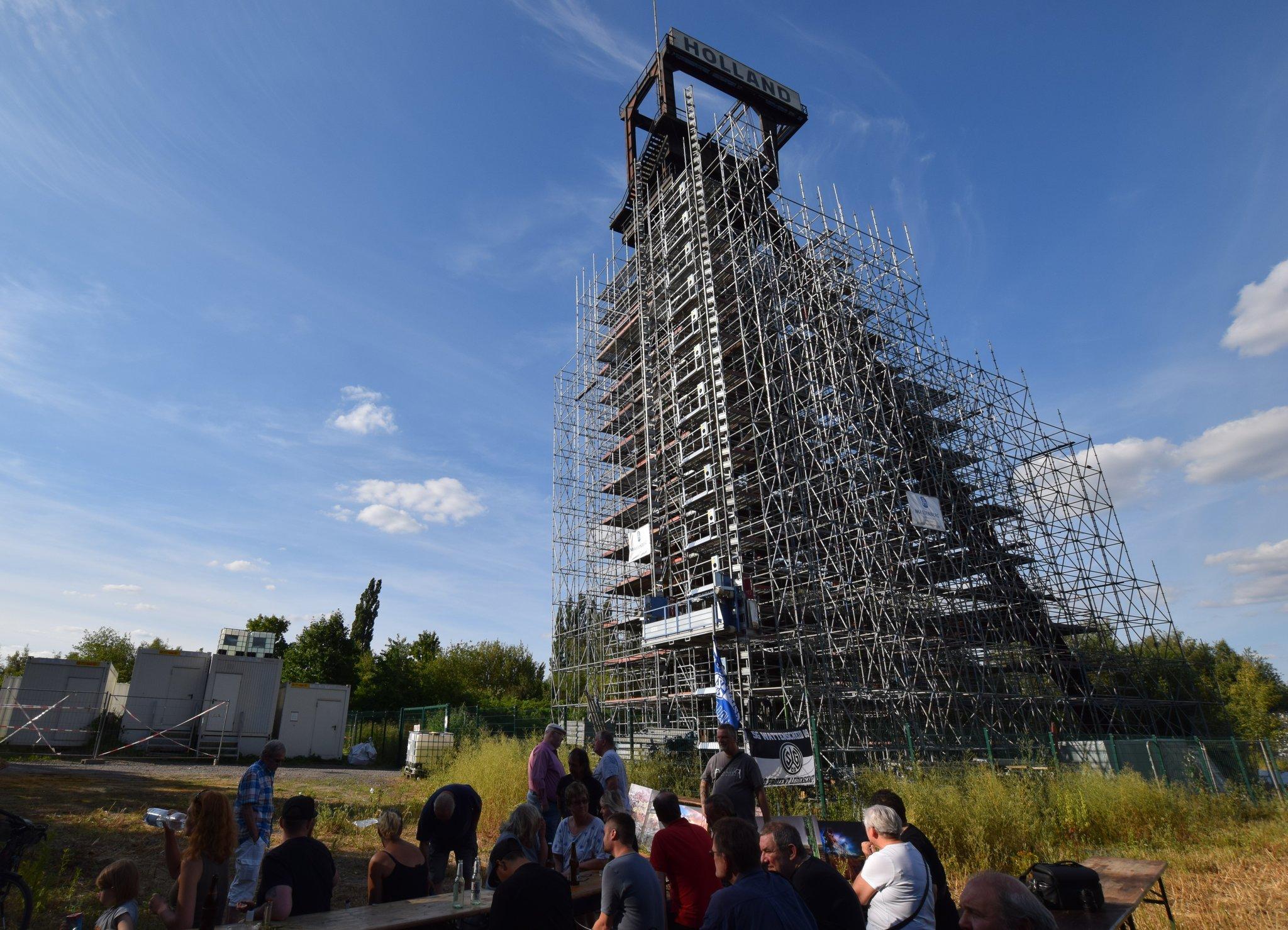 Förderturm der ehemaligen Zeche Holland in Wattenscheid