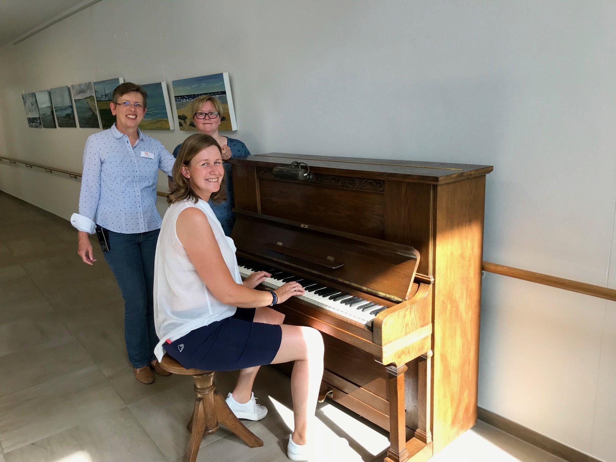 Ein Klavier mit Geschichte bereichert das Heilig-Geist