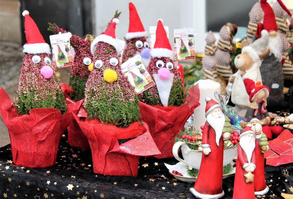 Weihnachtsdeko Im Angebot.Gevelsberger Martinsmarkt Mit Umzug Und Verkaufsoffenem Sonntag