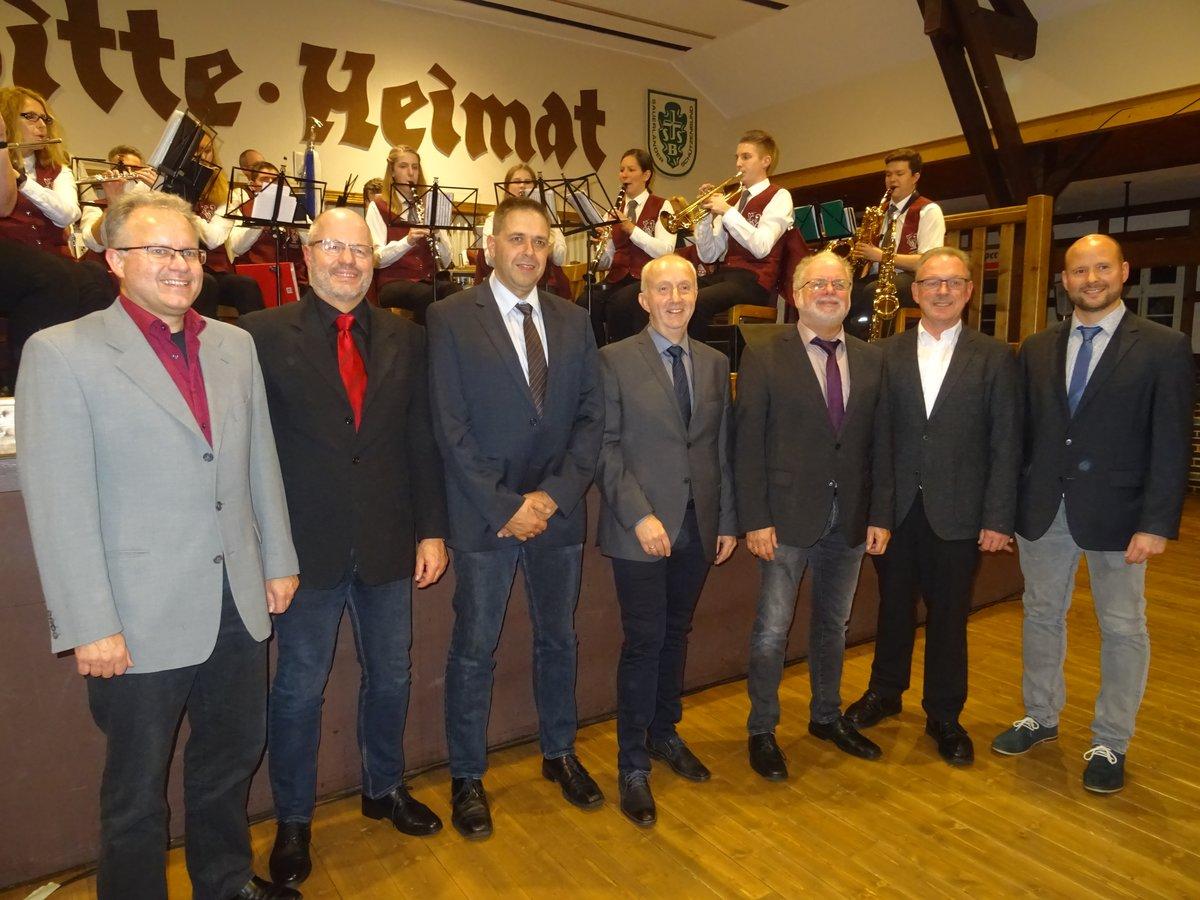 v. L. Olaf Hachmann, Thomas Röttger, Martin Brüggemann, Ferdi Geiz, Johannes Bette, Pastor Ernst Thomas und Benjamin Bräutigam