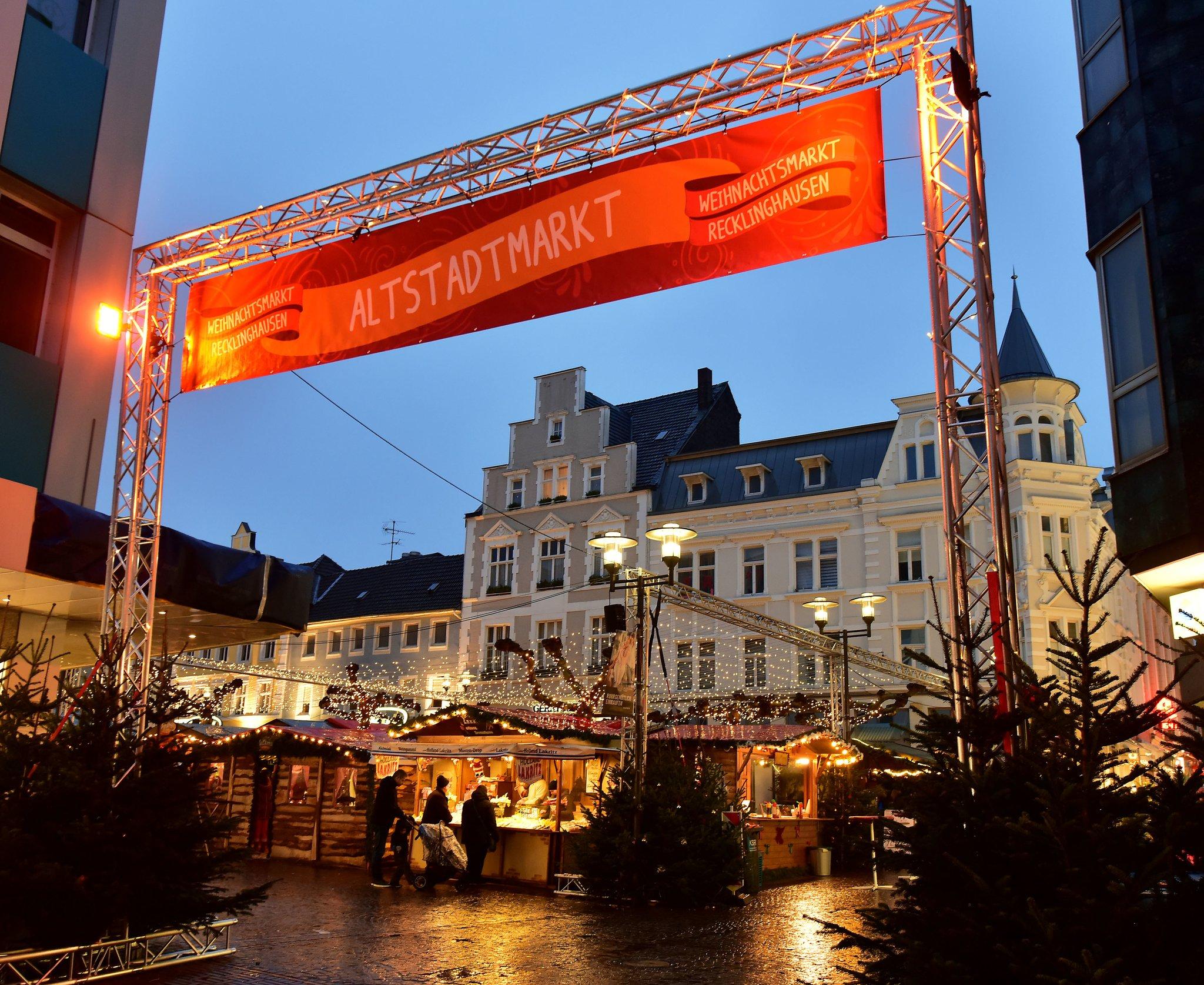 Weihnachtsmarkt Recklinghausen.Adventssingen In Der Altstadt Weihnachtsmarkt Stimmt Sich Auf Den 1