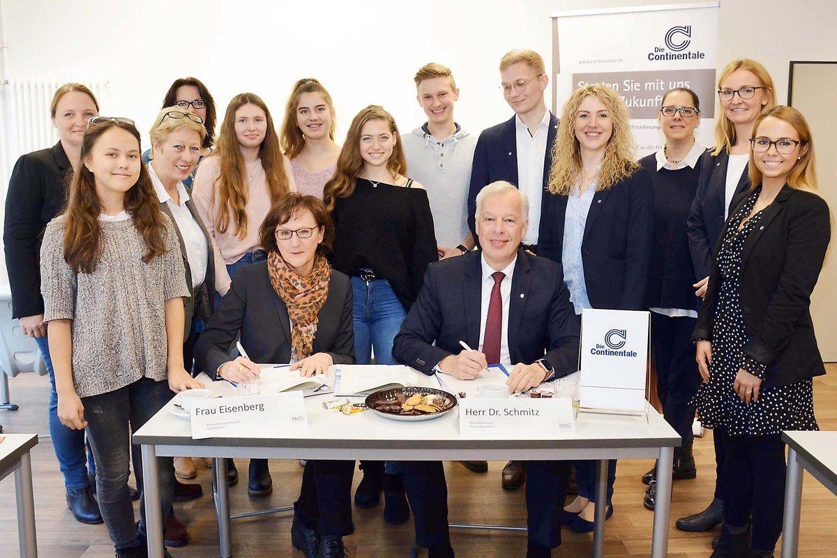 Heisenberg Gymnasium Und Continentale Versicherung Dortmund Neue
