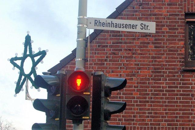 5a4a9f1c91482 In Rumeln-Kaldenhausen wird die Rheinhausener Straße brav nach der Duden-Standardregel  geschrieben.