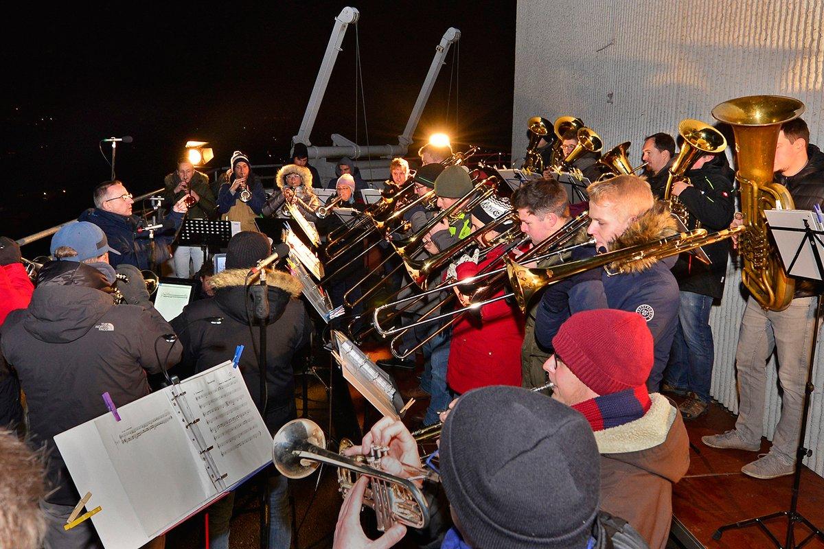 Weihnachtsgrüße Musikalisch.Am 23 Dezember Hoch über Den Dächern Gladbecks Keine Weihnachten