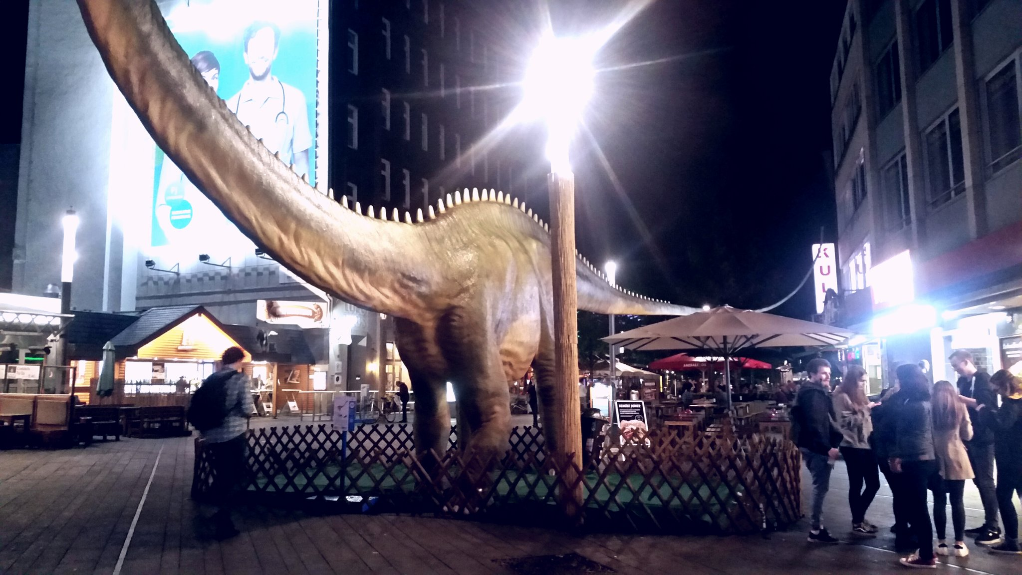 Dino City Bochum Karte.Jurassic World Bochum Im Ausnahmezustand Hilfe Die Dinosaurier