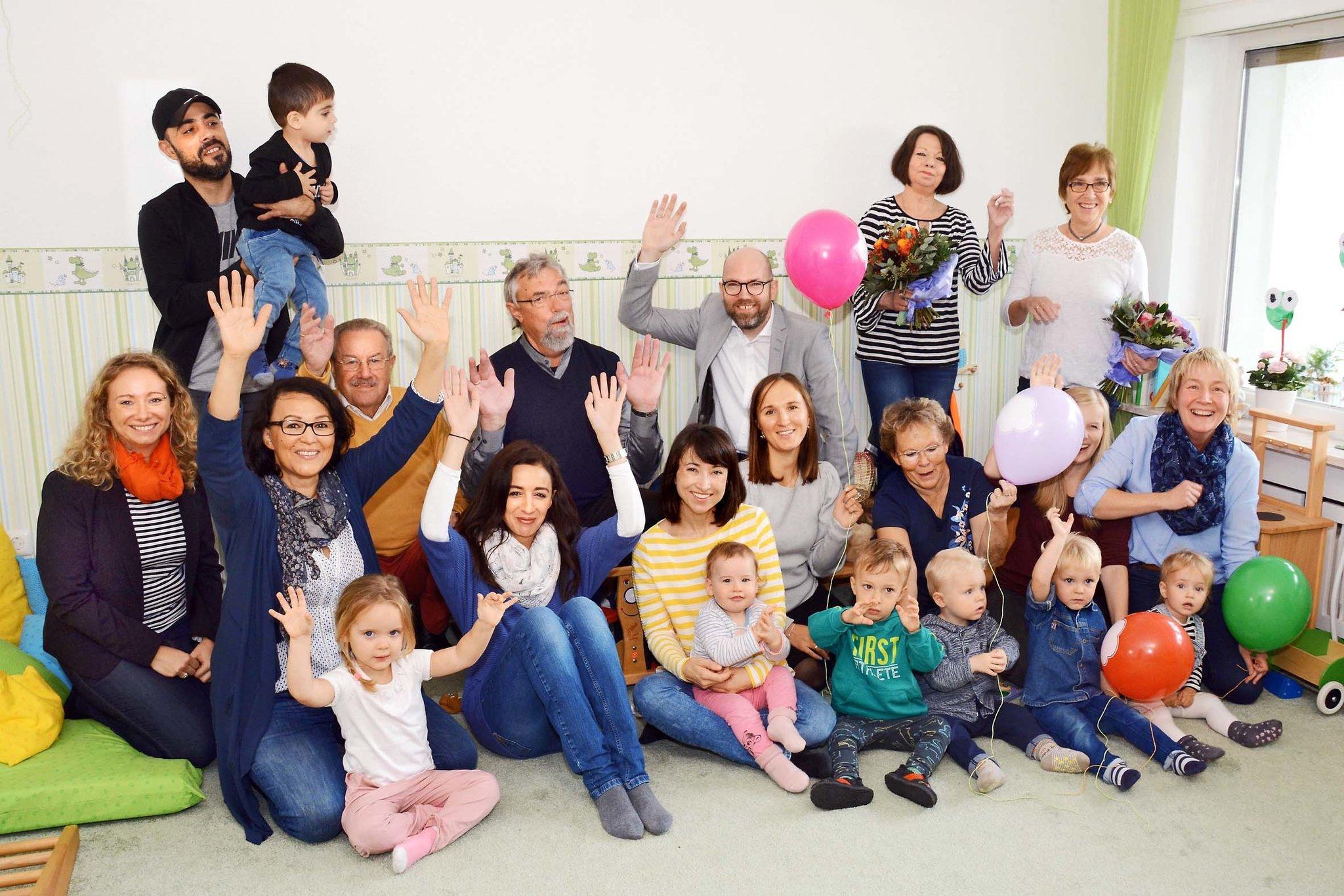 Neue Fabido Gross Tagespflegestelle Fur Neun Kinder An Der Flughafenstrasse 576 Eroffnet Die Kleinen Gartenfrosche Hupfen In Hostedde Dortmund Nord