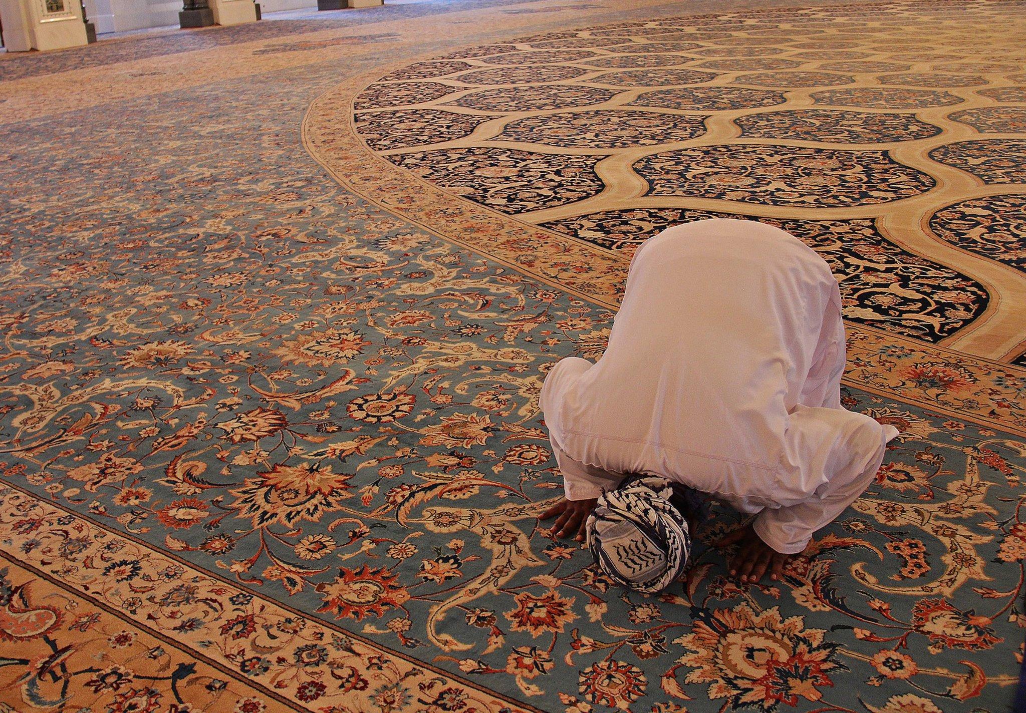 Austausch in Hildener Emir-Sultan-Moschee: Interreligiöser Dialog - Lokalkompass.de