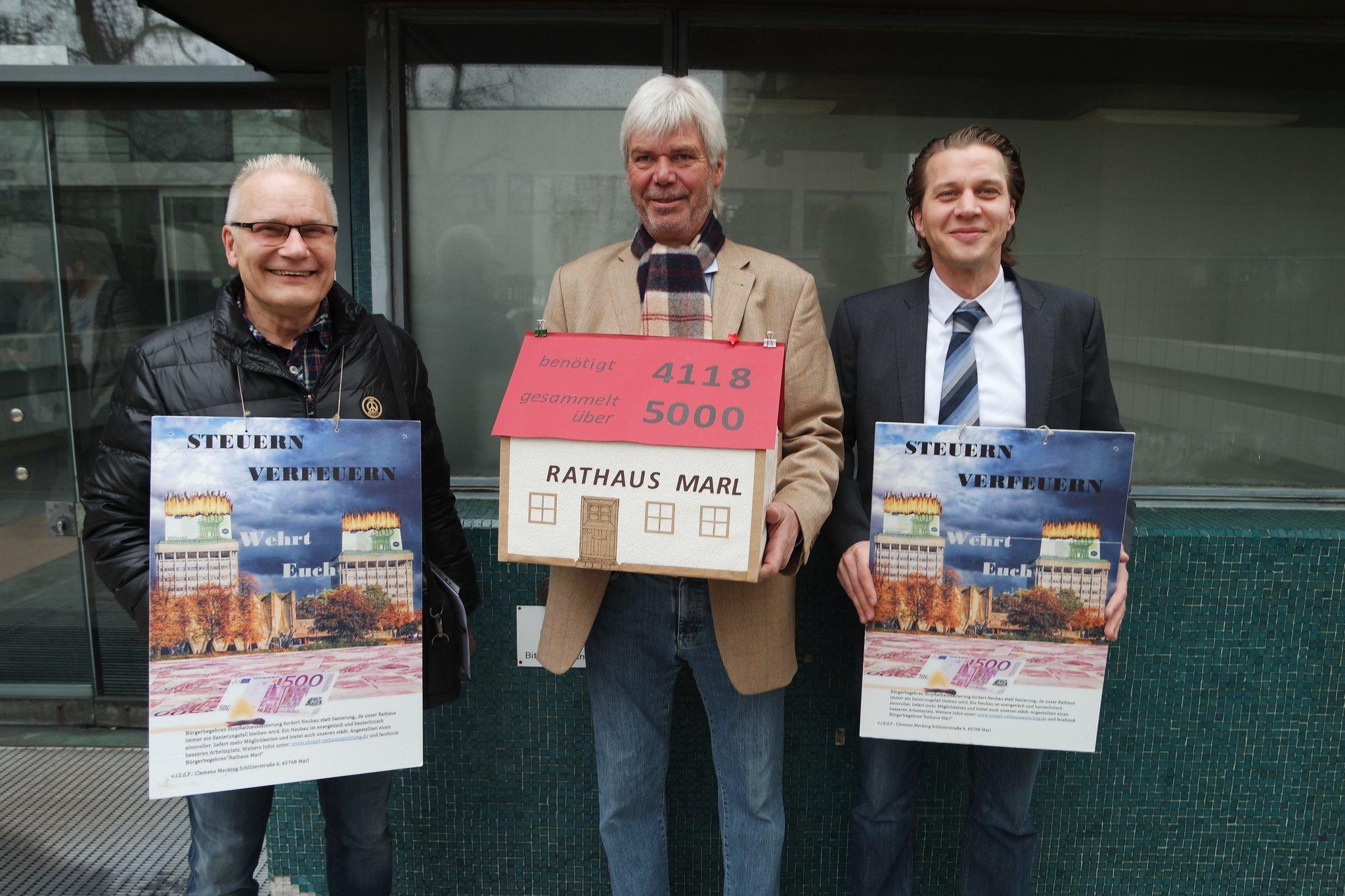 "1. Verhandlung vor dem Verwaltungsgericht Gelsenkirchen ""Rathaussanierung stoppen!"" in Marl - Marl - Lokalkompass.de"