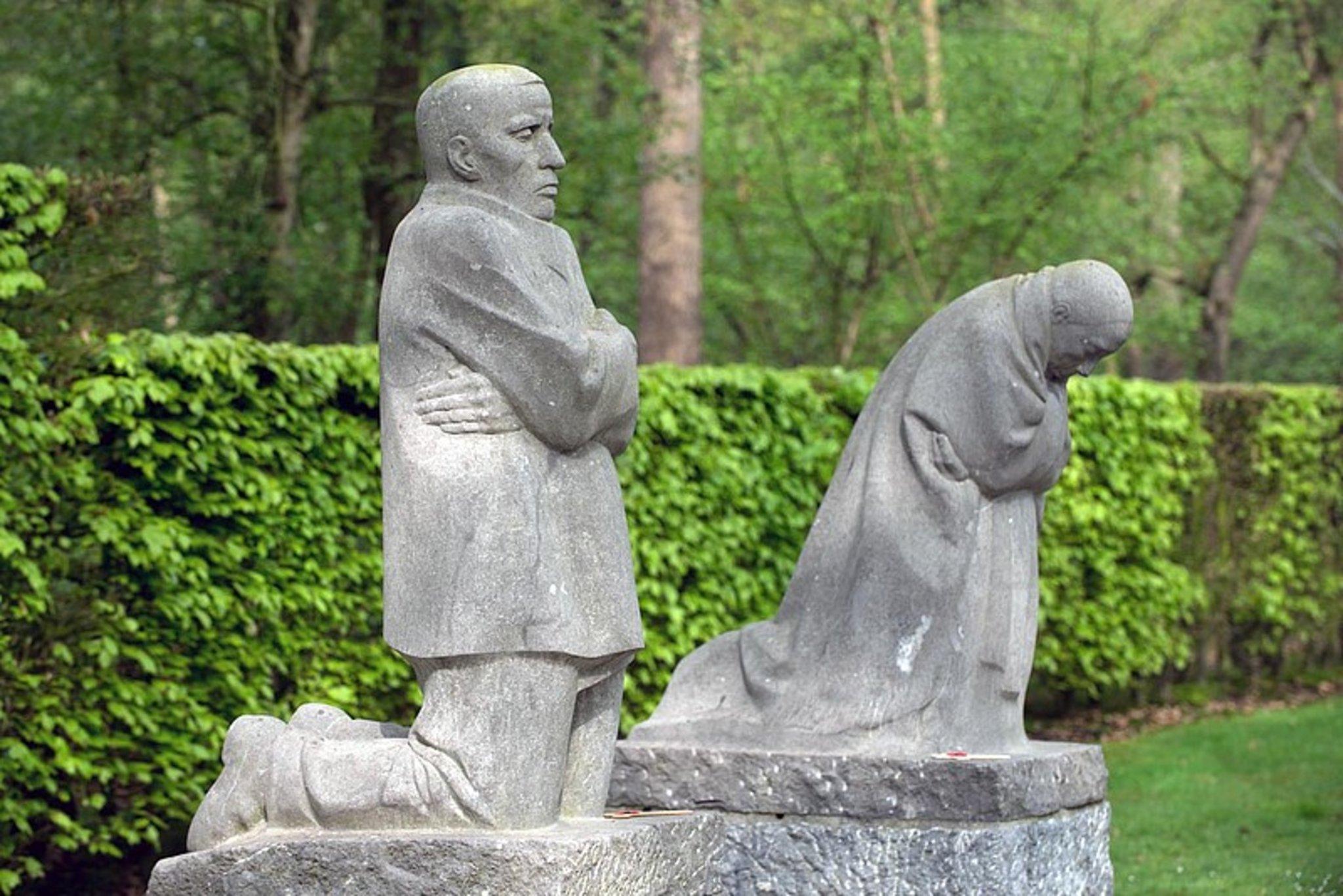 Volkstrauertag 2019 in Marl, 80 Jahre nach Ausbruch des Zweiten Weltkriegs - Marl - Lokalkompass.de