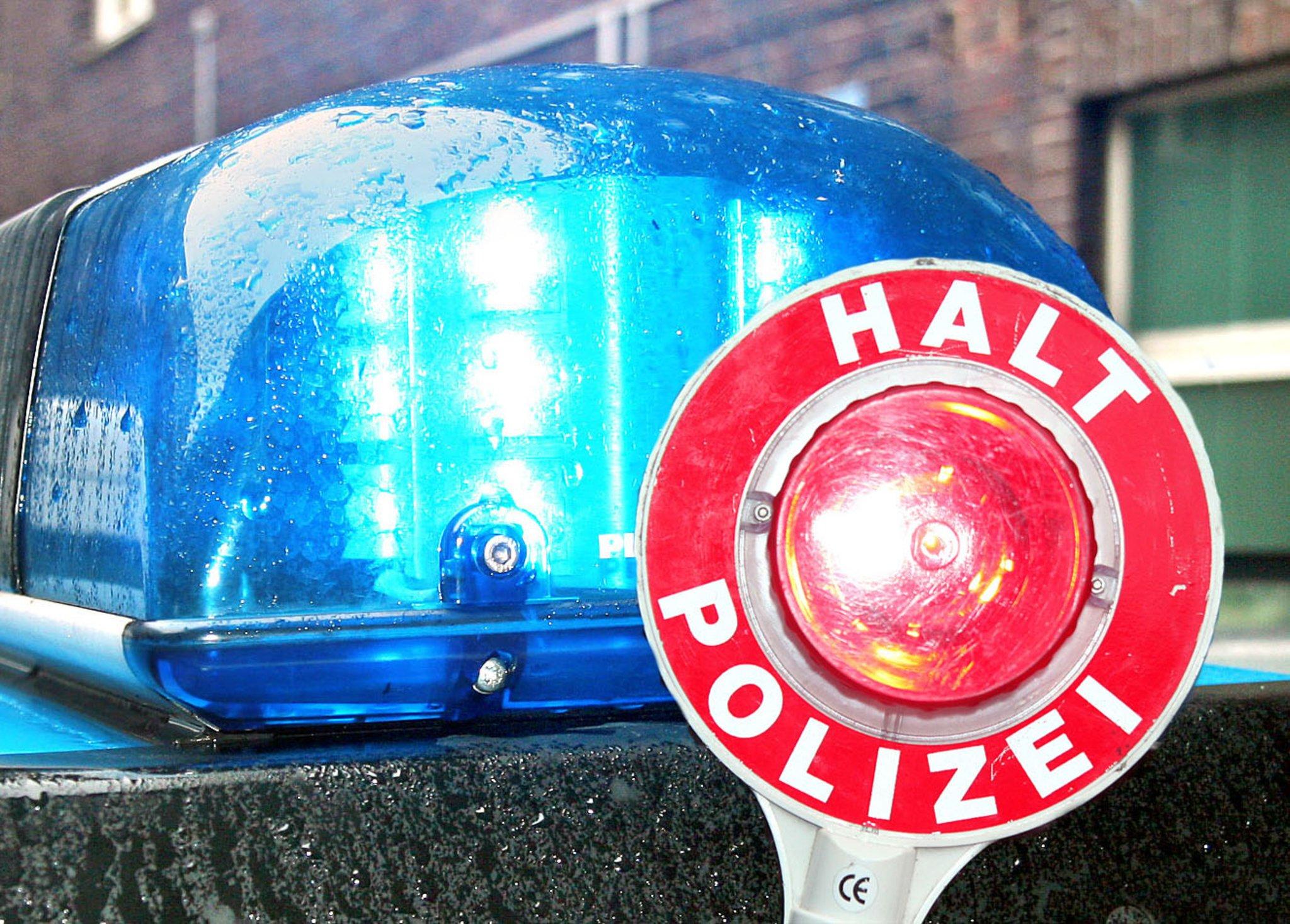 Recklinghausen: Autofahrer bringt Fahrradfahrerin (11) zum Sturz und haut ab - hilfreiche Zeugen gesucht - Recklinghausen - Lokalkompass.de