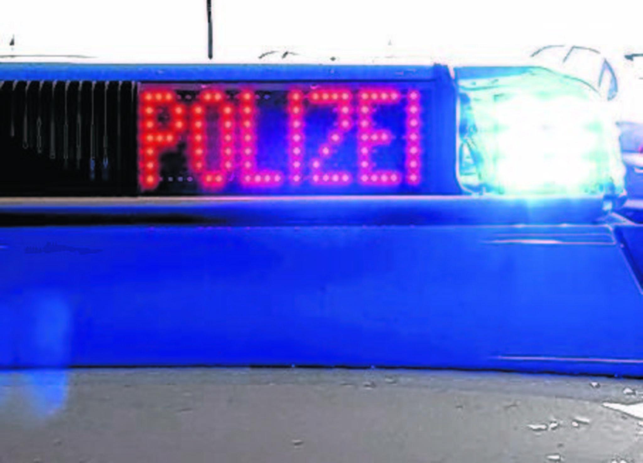 Marl: Auffahrunfall mit einer Leichtverletzten - 11.000 Euro Sachschaden - Marl - Lokalkompass.de