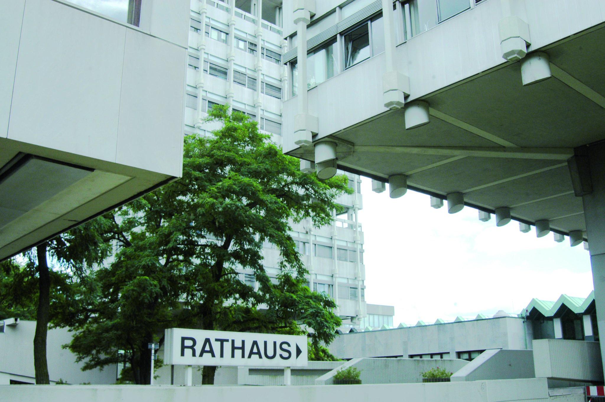 Stadt Marl begrüßt Entscheidung: Verwaltungsgericht bestätigt Unzulässigkeit des Bürgerbegehrens gegen die Rathaussanierung - Marl - Lokalkompass.de