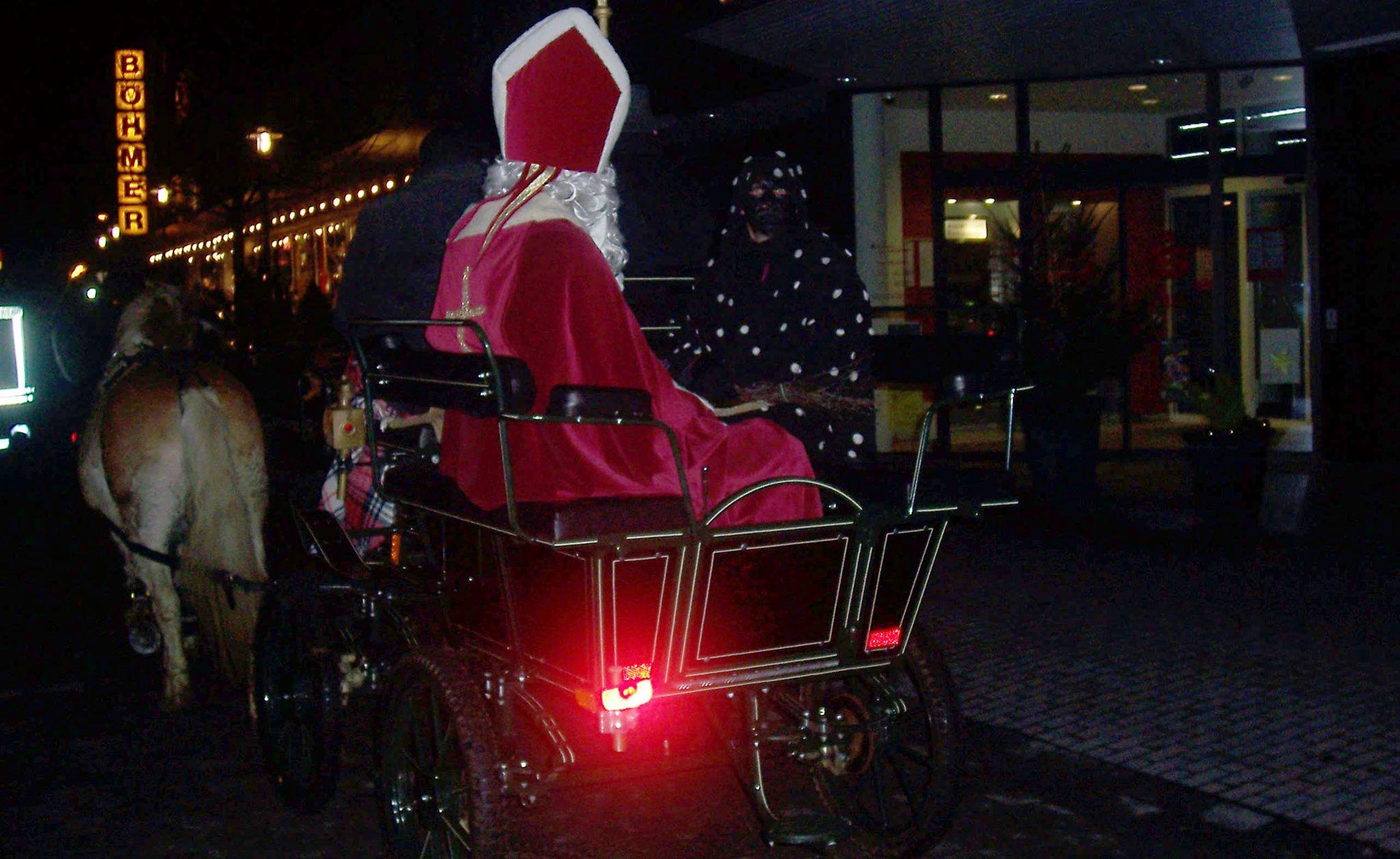 Karten für Nikolaustüten im Vorverkauf: Nikolaus zieht durch die Herrlichkeit Lembeck - Lokalkompass.de