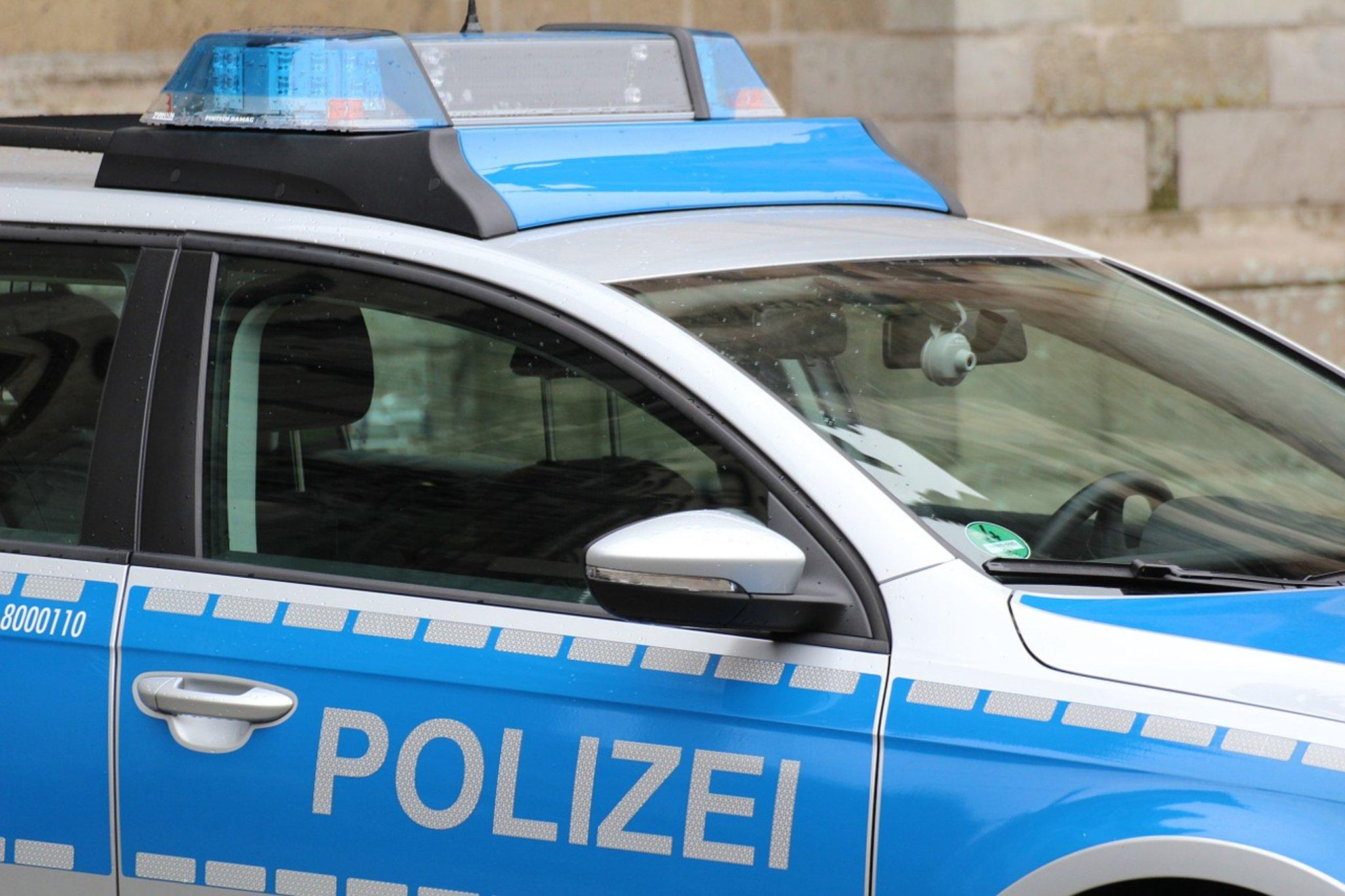 Auto und Straßenbahn kollidieren auf dem Weg nach Schalke - Lokalkompass.de