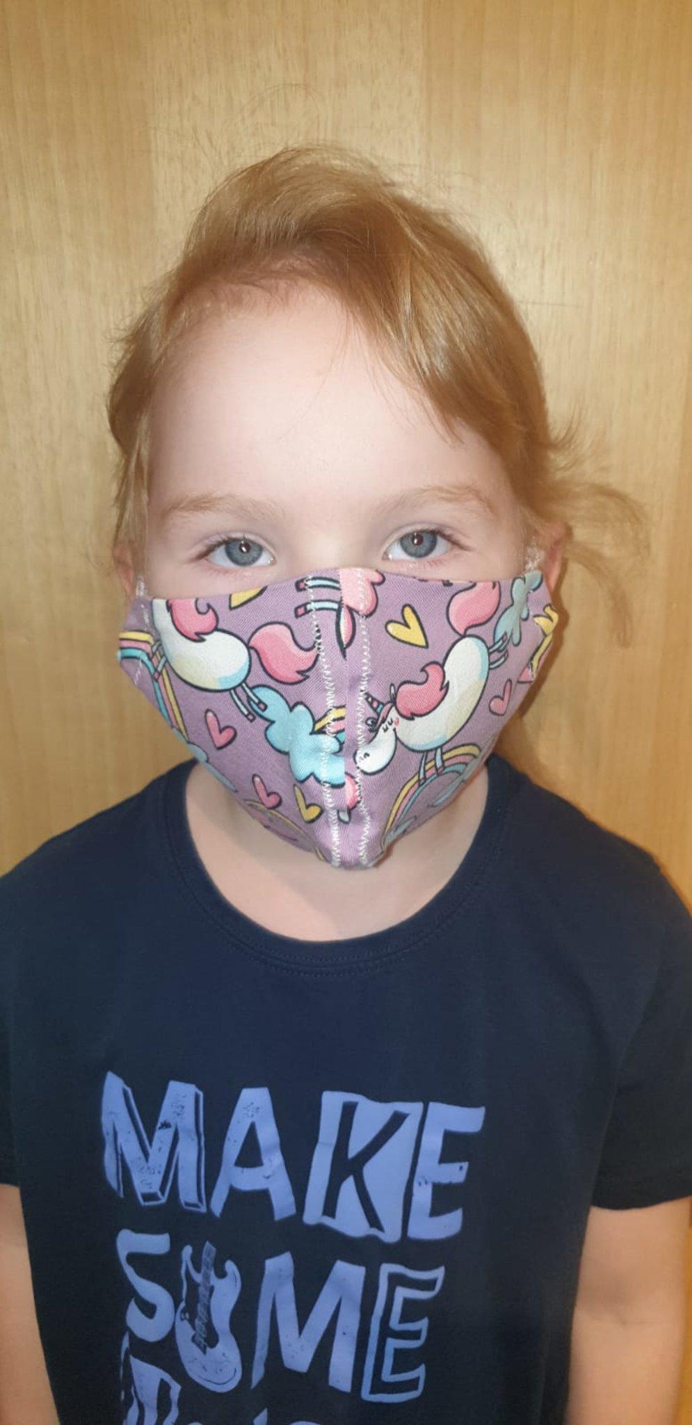 schutzmasken für kinder fertigen und reinigen die