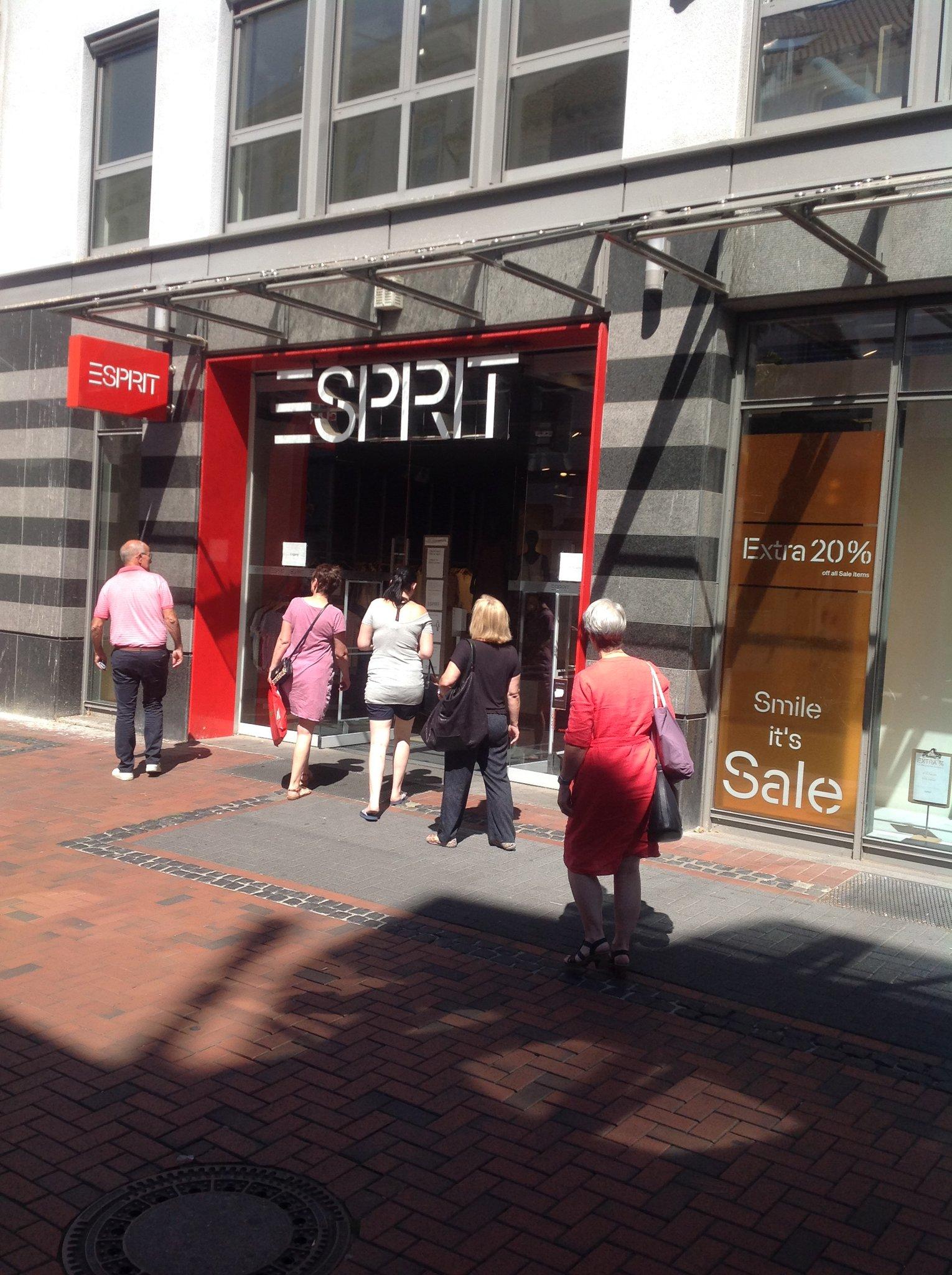 Esprit Schließt Filialen