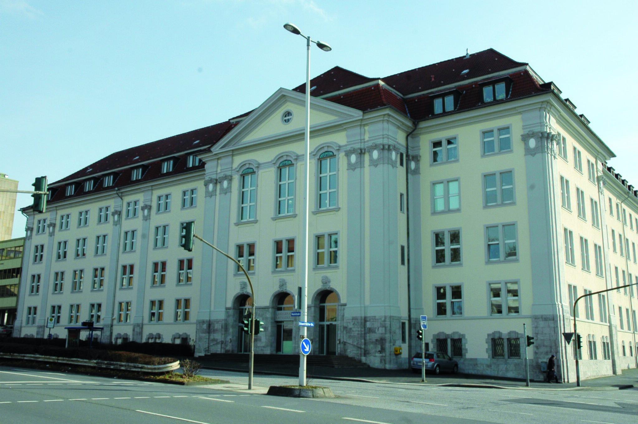 Landgericht Hagen: Bombenleger muss sich vor Gericht verantworten -...