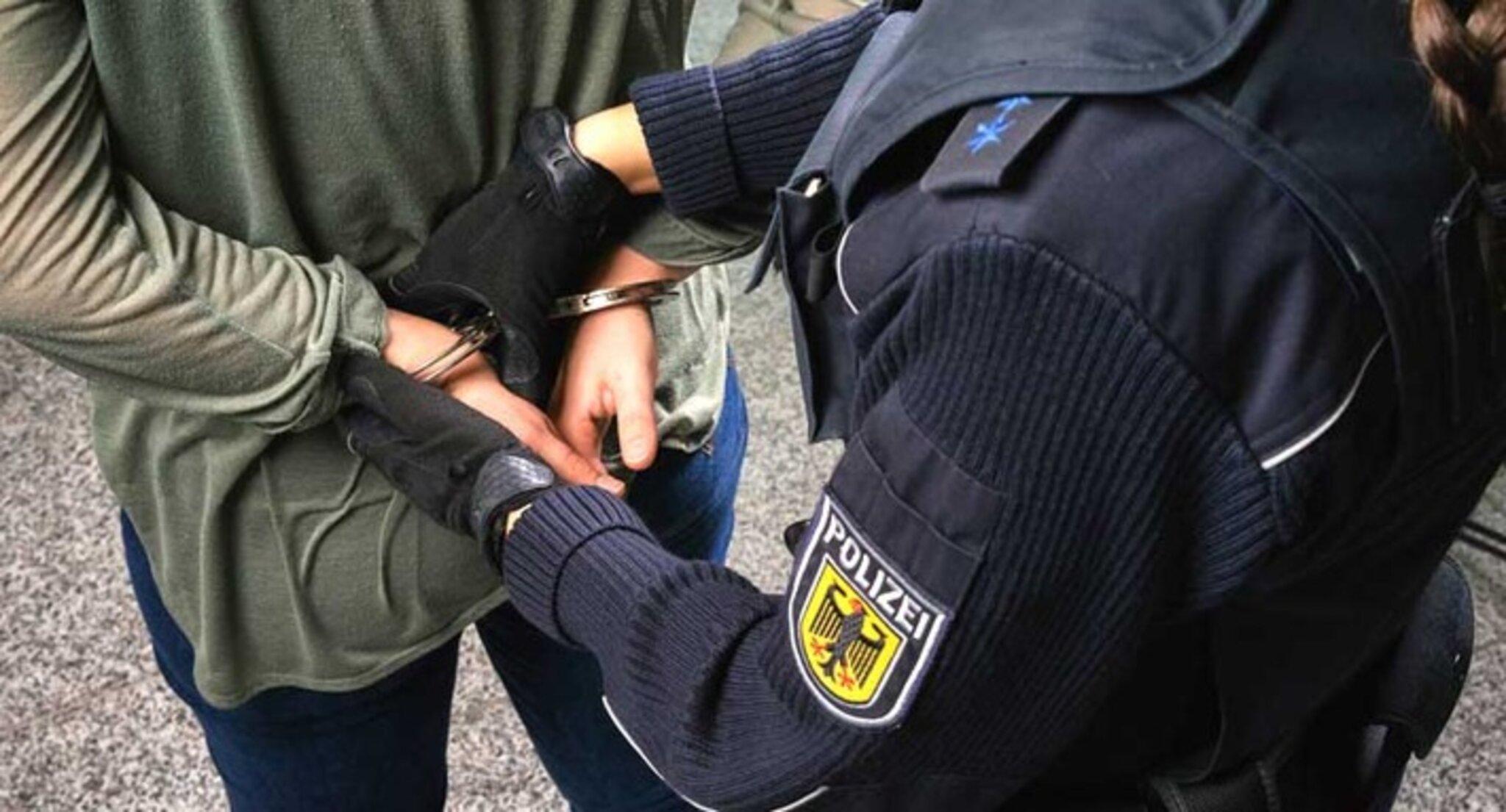 Mann onaniert vor 25-Jähriger - Bundespolizei ermittelt