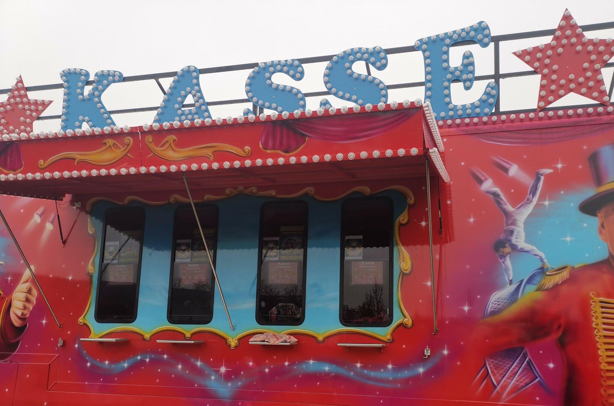 Circus Busch: Kindertagespflege sammelt für den Circus (`,) -...