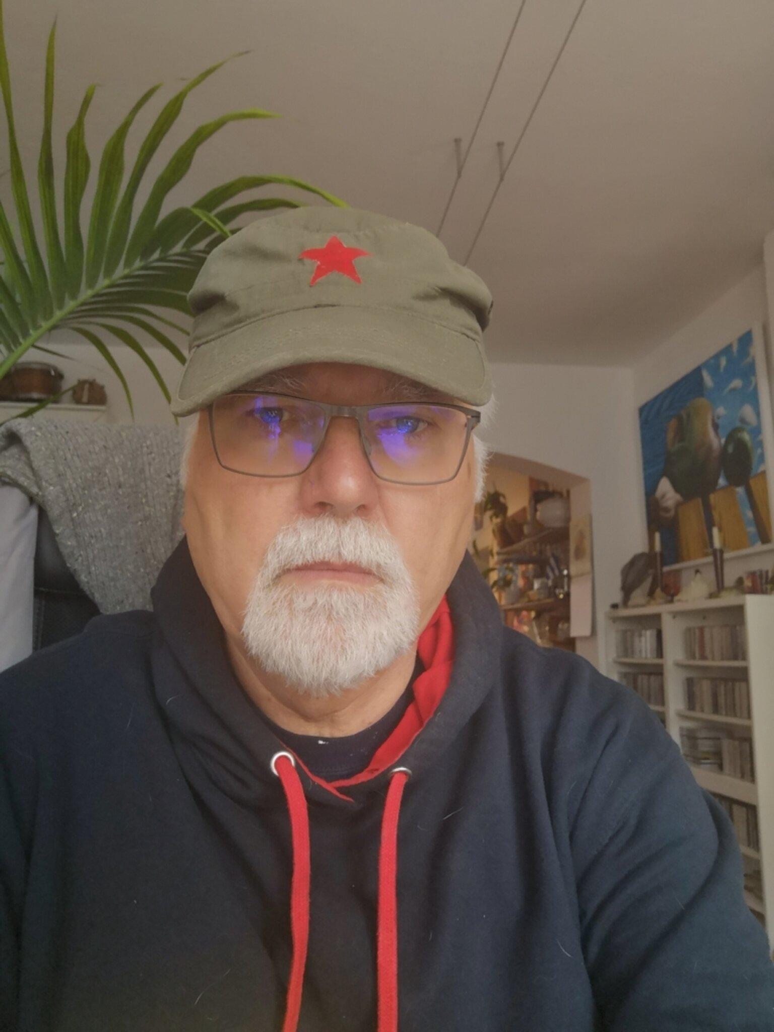 Dr. Klaus Piel