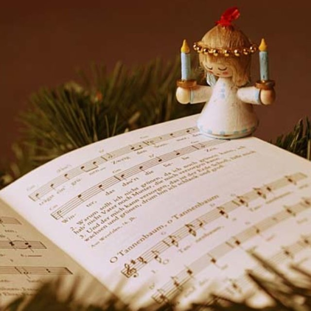Top Weihnachtslieder.Abstimmung Eure Schönsten Weihnachtslieder Jetzt Noch Mitmachen