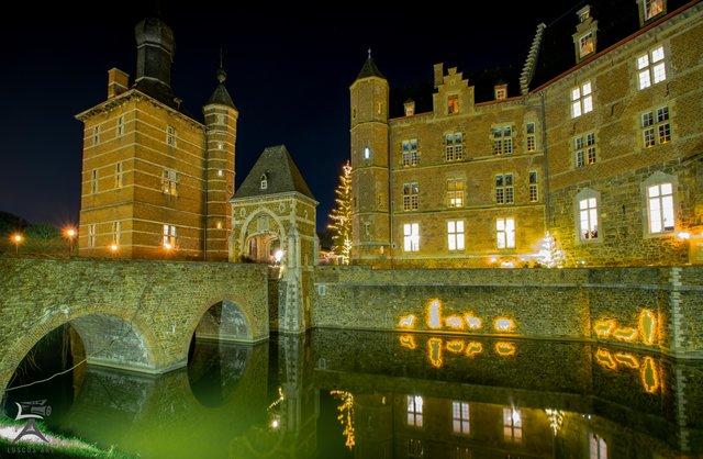 Weihnachtsmarkt Schloss Merode.Seniorenclub Fährt Zum Weihnachtsmarkt Auf Schloss Merode